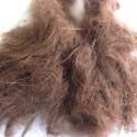 Poils de lièvre longs marron
